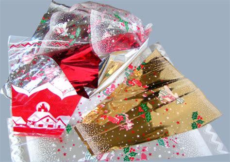 mandare fiori via buste coniche per fiori buste per fiori sacchetti conici