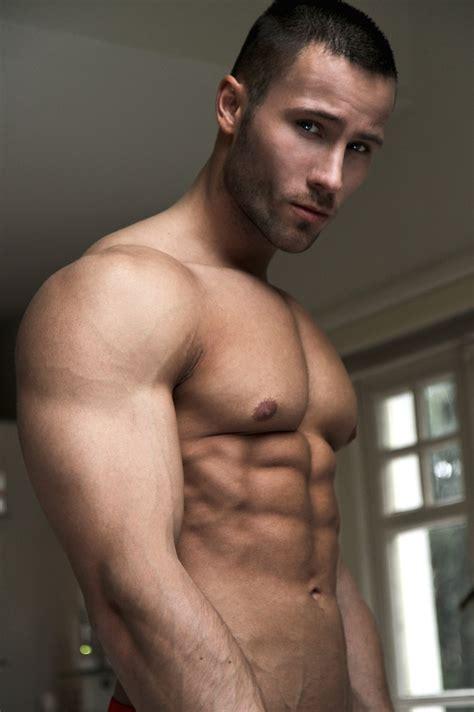 eye candy model ruben baars  pump underwear  man