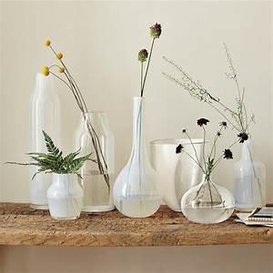 l vase en verre un joli detail de la deco archzinefr With déco chambre bébé pas cher avec fleur sechees