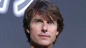 Tom Cruise is reportedly freaking out over Leah Remini's ...