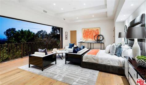 Kylie Jenner & Travis Scott Purchase Beverly Hills Mansion