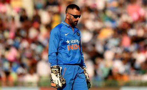 indian great backs ms dhoni  continue  skipper latest news updates  daily news analysis