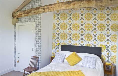 papier chambre adulte papier peint tendance 50 idées pour une maison moderne