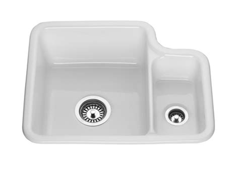 ceramic undermount kitchen sinks 1 5 lamona ceramic 1 5 bowl undermount sink howdens joinery 8119