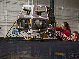 NASA - Engineers preparing the Hover Test Vehicle