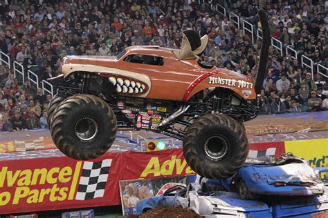 videos de monster trucks monster trucks primera parte taringa