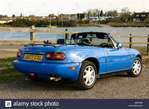 Mazda Mx5 Mk1 2 Seater Sports Car With Roof Down