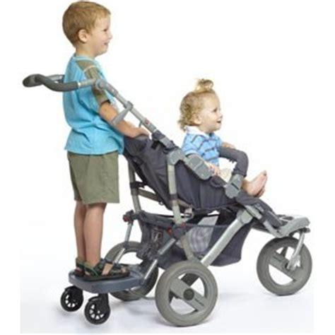 a quel age met on bebe dans une chaise haute planche poussette quel modèle acheter top poussette