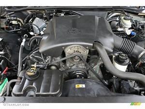 2000 Ford Crown Victoria Lx Sedan 4 6 Liter Sohc 16