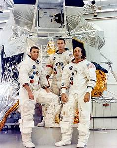 Original Apollo 13 Crew - Pics about space