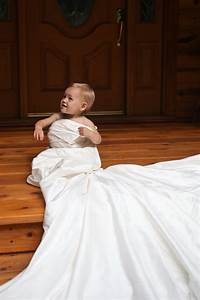 wedding ideas take a picture of your daughter in your With mom s wedding dress