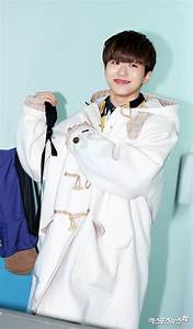 Idols Graduate From School Of Performing Arts Seoul