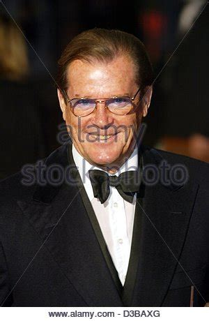 roger moore die another day roger moore die another day james bond premiere london
