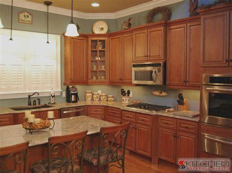 kitchen backsplash cabinets 164 best images about kitchen on shaker 5024