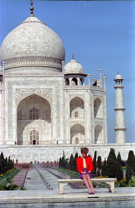 foreign office denies demanding removal  taj mahal