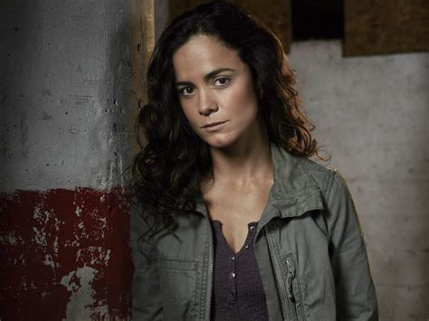 Queen of the South Season 2 Teaser — Watch | IndieWire