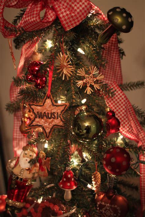 haus  home german christmas tree