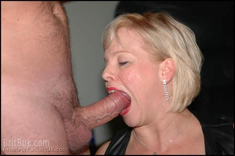 Milf Donna A Busty British Wife With A Genuinelly Insatiable Love For Cum