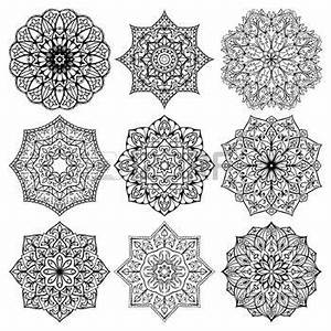 Dessin Mandala Tatouage Beau Modele En Dessin Pour Tatouage