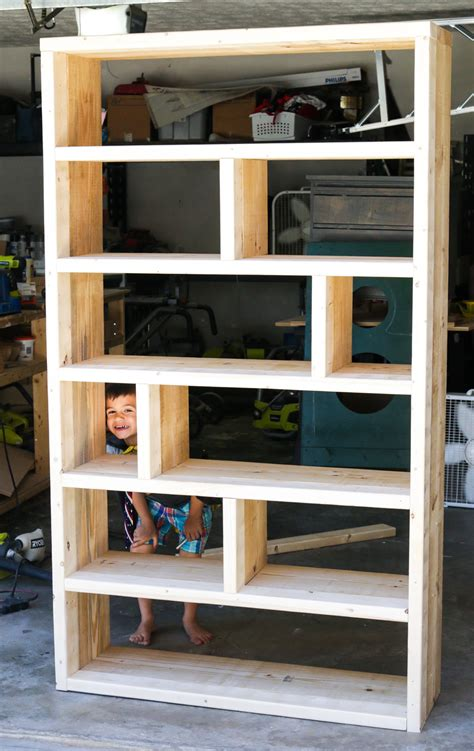 Bookcases Plans by Diy Rustic Pallet Bookshelf