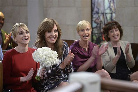 Cbs's Mom Has An Ingenious Solution To Tv Sitcoms' Biggest