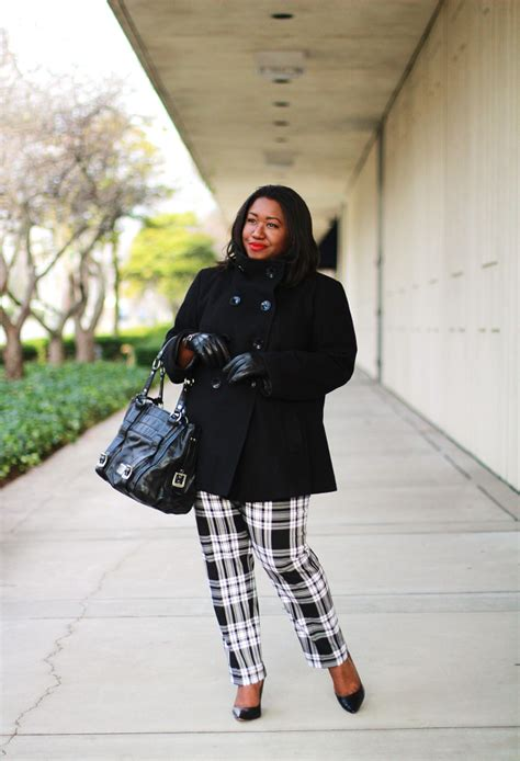 Shapely Chic Sheri - Plus Size Fashion and Style Blog for Curvy Women Breaking Plaid