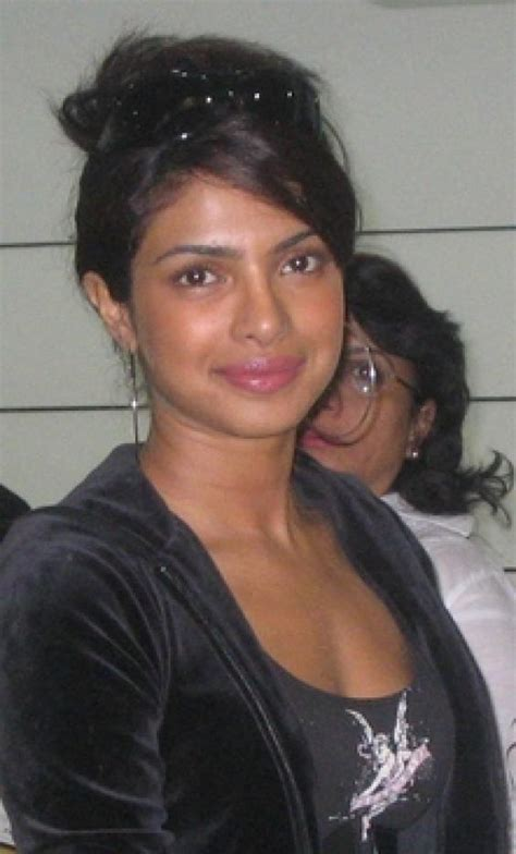 letest  bangladeshi hot model  actress wallpaper