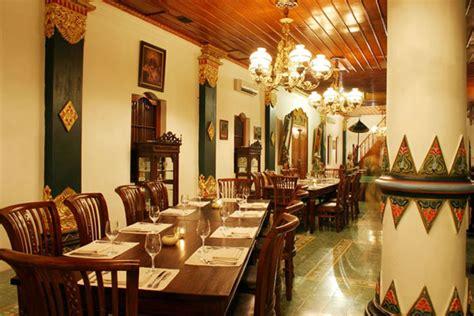 sekar kedhaton restaurant  luxurious touch   royal