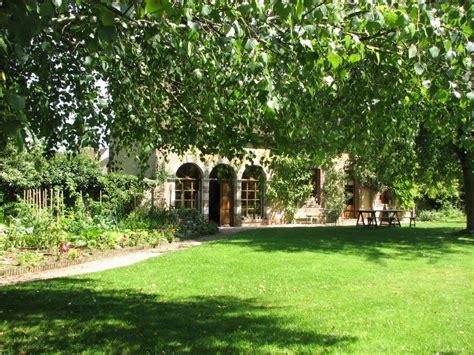 chambre d hote suisse normande chambre d 39 hôtes l 39 orangerie à longny au perche le perche