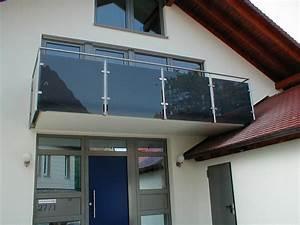 Balkongeländer Glas Anthrazit : balkongel nder mit farbigem glas hermann g tz metallbau edelstahldesign ~ Michelbontemps.com Haus und Dekorationen