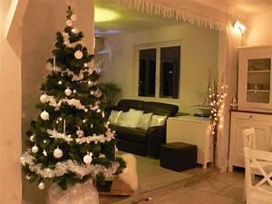 Decoration salon noel for Charming decoration pour jardin exterieur 0 decoration salon pour petit appartement