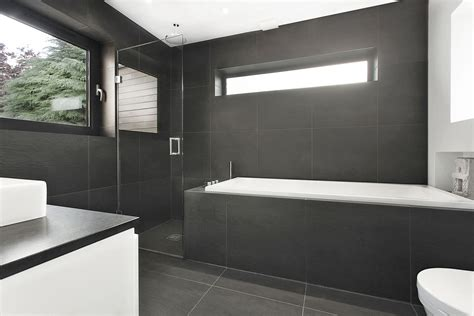 sejour ouvert sur cuisine salle de bain moderne en bois très nature meuble et décoration marseille mobilier design