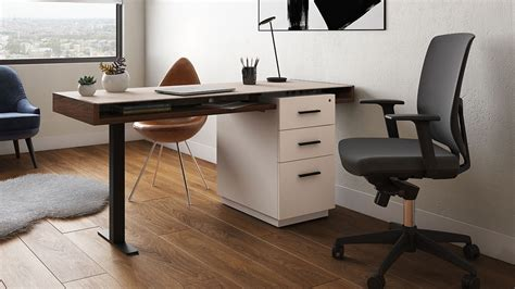 Keyboard Tray And L-shaped Desk = Very Nice.