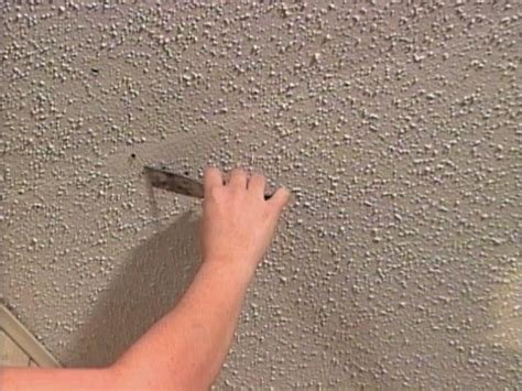How To Repair A Textured Ceiling How Tos Diy
