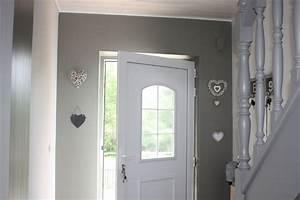 peindre un couloir en 2 couleurs maison design bahbecom With peindre porte 2 couleurs 4 avis couleur couloir