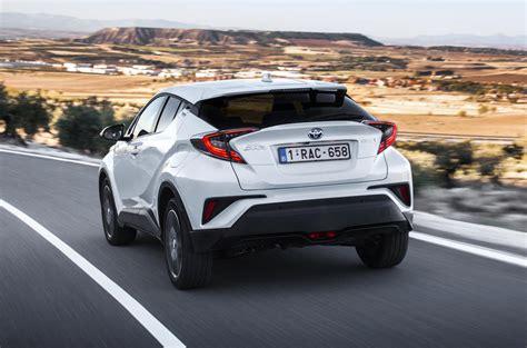 toyota chr hybrid gebraucht 2017 toyota c hr 1 8 hybrid review review autocar