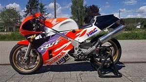 Honda Rc 30 : germany man 39 s custom honda vfr750r rc30 ~ Melissatoandfro.com Idées de Décoration