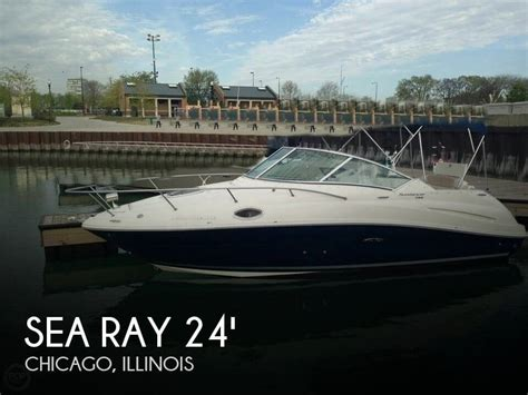 Used Sea Ray Boats For Sale In Illinois by For Sale Used 2010 Sea Ray 240 Sundancer In Chicago
