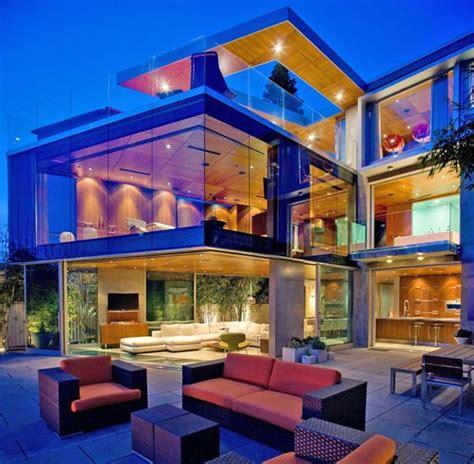 worlds  glass houses  onekindesigncom house