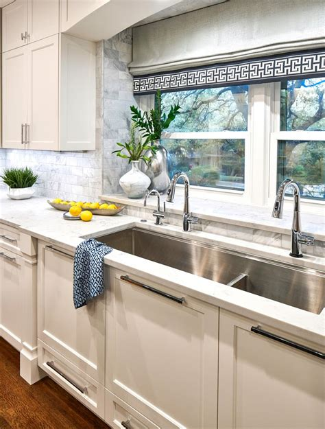 large  kitchen sink   faucets  instant hot