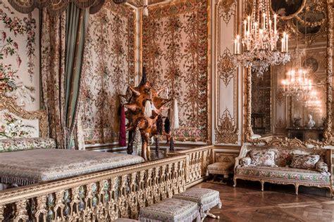 chambre de la reine versailles antoinette the list