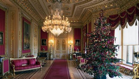 windsor castle queen elizabeth ii royal british family