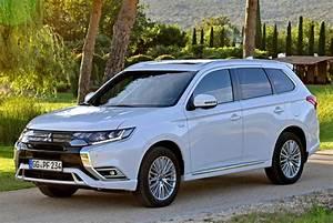 Avis Mitsubishi Outlander Phev : salon de val d 39 is re 2018 mitsubishi outlander phev nouveau moteur ~ Maxctalentgroup.com Avis de Voitures