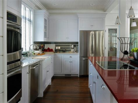 white kitchen cabinets with white quartz countertops quartz the new countertop contender hgtv 2216