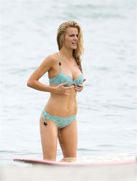Brooklyn Decker Bikini Wallpapers  Sexy Thigh Images In