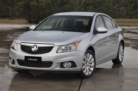 holden cruze review  cd  cdx