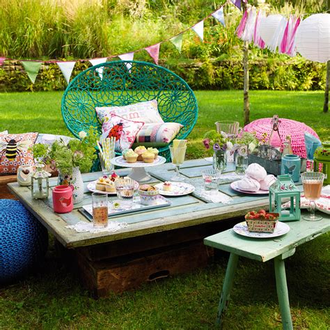 best picnic ideas 8 top picnic ideas for summer picnic ideas good housekeeping