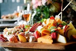 you will definitely love these diy summer wedding decor With summer wedding food ideas