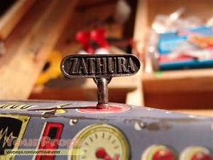 Zathura: A Space Adventure Wind-up Key for Zathura game ...