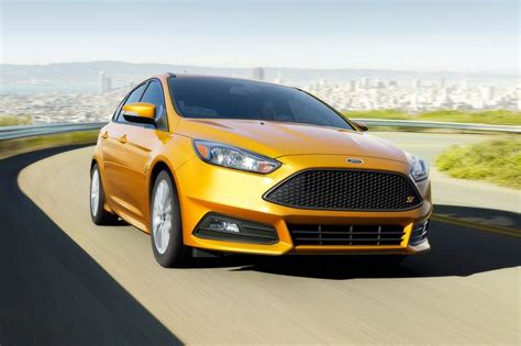 Ford Focus St 2017 Best Lease Deals, Purchase Pricing